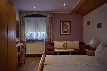 Innenansicht Zimmer, Gästehaus Salzburg Ihre Pension Heidi